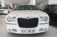 Bán xe Chrysler 300C Limited model 2010, xe đẹp, sang trọng, biển SG, giá 980tr giá 980 triệu tại Tp.HCM