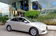 Hyundai Accent 1.4mt base bạc giao ngay + Tặng phụ kiện 15tr + Hỗ trợ Grab miễn phí giá 430 triệu tại Tp.HCM