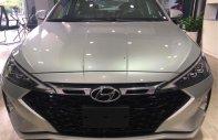 Hyundai Elantra giảm 30tr tiền mặt, tặng 20tr phụ kiện giá 560 triệu tại Tp.HCM