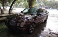 Cần bán Mercedes năm sản xuất 1996, màu đỏ, nhập khẩu chính hãng giá 120 triệu tại Bến Tre