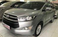 Cần bán xe Toyota Innova đời 2017, màu bạc số sàn giá 660 triệu tại Tp.HCM