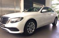Bán Mercedes E200 2019, màu trắng, 39 km, xe cũ chính hãng giá 2 tỷ 39 tr tại Tp.HCM