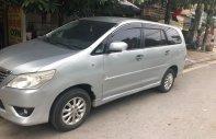 Cần bán lại xe Toyota Innova E sản xuất năm 2012, màu bạc giá cạnh tranh giá 420 triệu tại Nghệ An