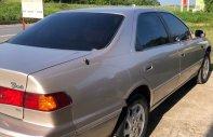 Cần bán Toyota Camry 2001, màu hồng, nhập khẩu nguyên chiếc chính hãng giá 185 triệu tại Phú Thọ