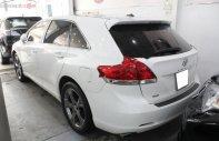 Bán xe Toyota Venza 3.5 2010, màu trắng, nhập khẩu   giá 850 triệu tại Tp.HCM