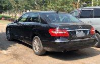 Cần bán xe Mercedes E200 đời 2011, màu đen, chính chủ  giá 688 triệu tại Hà Nội