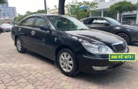 Bán xe Toyota Camry 3.0V đời 2003, màu đen chính chủ giá 350 triệu tại Hà Nội