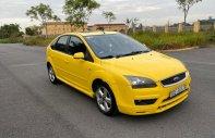 Cần bán xe Ford Focus 2.0AT đời 2006, màu vàng giá 250 triệu tại Hải Phòng