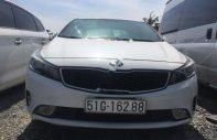 Bán Kia Cerato 1.6 MT 2018, màu trắng, giá 390tr giá 390 triệu tại Tp.HCM
