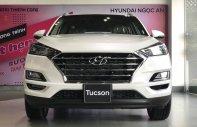 Hyundai Tucson - Siêu giảm giá cuối năm - Tặng phụ kiện chính hãng khi mua xe giá 843 triệu tại Tp.HCM