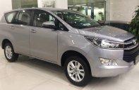 Mua xe ngay nhận ngay ưu đãi lớn cuối năm chiếc xe  Toyota Innova 2.0E đời 2019, màu bạc  giá 696 triệu tại Tp.HCM