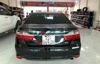 Cần bán gấp Toyota Camry 2.0E đời 2016, màu đen xe còn mới nguyên giá 775 triệu tại Phú Thọ