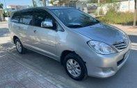 Bán xe Toyota Innova sản xuất năm 2010, màu bạc xe còn mới nguyên giá 335 triệu tại Bình Dương