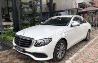 Cần bán gấp Mercedes E200 năm sản xuất 2019, màu trắng giá 2 tỷ 79 tr tại Hà Nội
