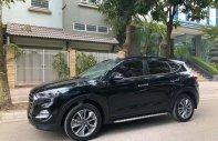Cần bán lại xe Hyundai Tucson 2.0 ATH 2017, màu đen xe còn mới lắm giá 805 triệu tại Hà Nội