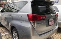 Cần bán gấp Toyota Innova 2.0E năm sản xuất 2017, màu bạc như mới, 640tr giá 640 triệu tại Tp.HCM