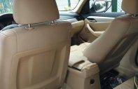 Cần bán BMW X1 sDrive18i sản xuất năm 2011, màu trắng, nhập khẩu nguyên chiếc còn mới giá 765 triệu tại Tp.HCM