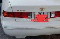 Cần bán xe cũ Toyota Camry sản xuất 2001, màu trắng giá 230 triệu tại Tây Ninh