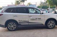 Cần bán Mitsubishi Outlander năm 2019, bản 2.4, 4WD, cửa sổ trời giá 1 tỷ 64 tr tại Đắk Lắk
