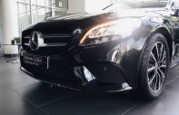 Cần bán gấp Mercedes C200 đời 2019, màu đen như mới giá 2 tỷ 459 tr tại Hà Nội