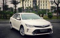 Bán Toyota Camry 2.0E sản xuất 2018, màu trắng như mới giá 885 triệu tại Hà Nội