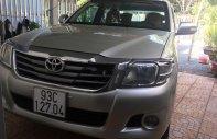 Cần bán xe Toyota Hilux đời 2012, màu bạc, giá tốt giá 385 triệu tại Bình Phước