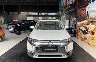 Bán Mitsubishi Outlander 2.4 CVT Premium năm sản xuất 2020, màu trắng giá 1 tỷ 100 tr tại Đà Nẵng