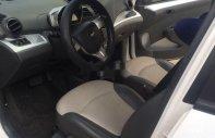 Cần bán Chevrolet Spark đời 2015, màu trắng, xe nhập số tự động giá 260 triệu tại Đà Nẵng