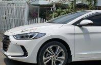 Bán Hyundai Elantra 2.0 sản xuất 2016, màu trắng, xe nhập giá 568 triệu tại Bình Dương
