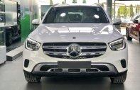 Cần bán xe với giá ưu đãi - Tặng phụ kiện chính hãng khi mua chiếc Mercedes GLC 200 4Matic, đời 2020 giá 2 tỷ 39 tr tại Hà Nội