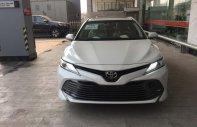Bán Toyota Camry 2.5Q đời 2020, màu trắng, giá tốt nhất. LH 0988611089 giá 1 tỷ 243 tr tại Hà Nội