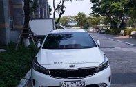 Cần bán lại xe Kia Cerato 2017, màu trắng giá 450 triệu tại Đà Nẵng