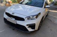 Cần bán xe Kia Cerato sản xuất 2020, màu trắng như mới, giá tốt giá 645 triệu tại Tp.HCM