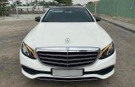 Cần bán lại xe Mercedes E class năm 2017, màu trắng giá 1 tỷ 520 tr tại Tp.HCM