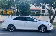 Bán nhanh với giá thấp chiếc Toyota Camry 2.5Q, sản xuất 2018, màu trắng, giao xe nhanh giá 1 tỷ 39 tr tại Tp.HCM