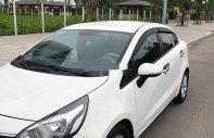 Cần bán gấp Kia Rio 2016, màu trắng, giá chỉ 400 triệu giá 400 triệu tại Hà Tĩnh