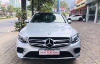 Bán Mercedes GLC 300 2017, màu trắng, số tự động giá 1 tỷ 690 tr tại Hà Nội