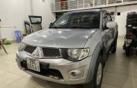 Bán Mitsubishi Triton GLS 4x4 MT đời 2011, màu bạc, nhập khẩu, số sàn giá 320 triệu tại Sơn La
