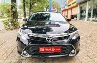 Bán Toyota Camry 2018, màu đen, số tự động giá 1 tỷ 50 tr tại Hà Nội