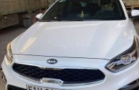 Cần bán gấp Kia Cerato 2019, màu trắng, số tự động giá 665 triệu tại Tp.HCM