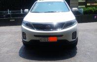 Cần bán lại xe Kia Sorento 2016, màu trắng giá 565 triệu tại Tp.HCM