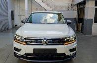 Volkswagen Tiguan Highline nhập khẩu, màu trắng tặng lệ phí trước bạ, hỗ trợ trả góp 0% giá 1 tỷ 729 tr tại Quảng Ninh