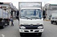 Bán xe tải Hino XZU650L 1.9 tấn thùng kín giá cực sốc giá 670 triệu tại Bình Dương