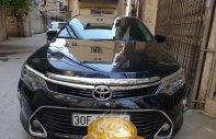 Cần bán xe Toyota Camry đời 2018, màu đen, số tự động giá 945 triệu tại Hà Nội