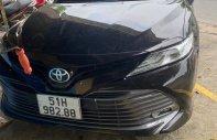 Cần bán lại xe Toyota Camry đời 2020, màu đen, nhập khẩu chính hãng giá 1 tỷ 170 tr tại Tp.HCM
